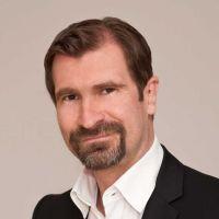 Prof. Dr. Dr. Claudius Schikora, Präsident, Hochschule für angewandtes Management